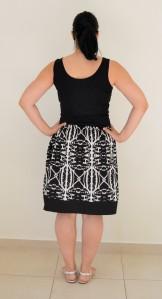 BSD banded skirt back